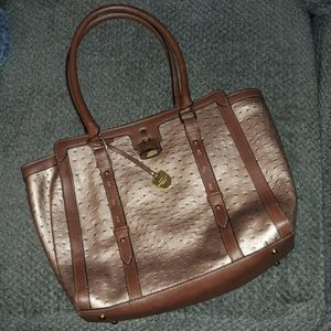 NWOT LONDON FOG Ostrich Embossed Tote!